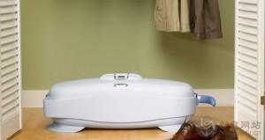 通过蒸汽清洁衣物的小机器