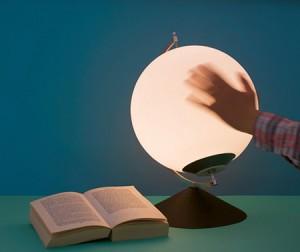 手动发电的LED台灯设计