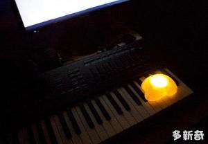 可发光的荷包蛋夜灯设计
