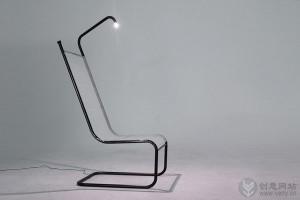 带LED阅读灯的创意椅子
