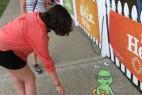 国外创意3D彩色涂鸦粉笔画