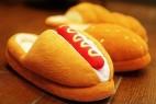 超Q面包和热狗样式的拖鞋