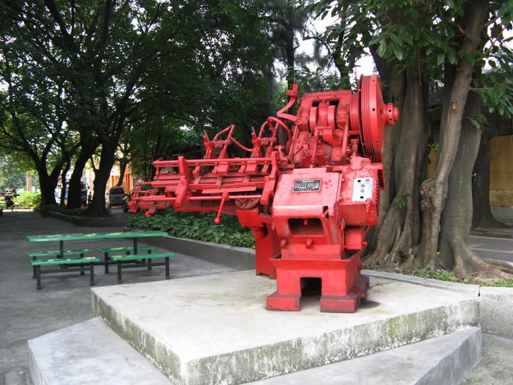 红砖厂创意园雕塑