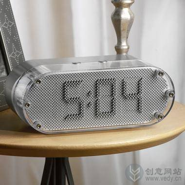 金属小铁珠机械控制的创意钟表