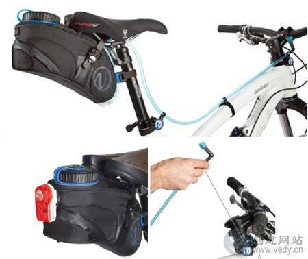 自行车比赛中的吸管饮水系统