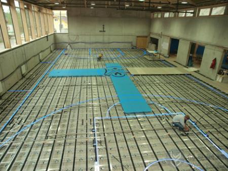 变换不同运动的体育馆创意地板
