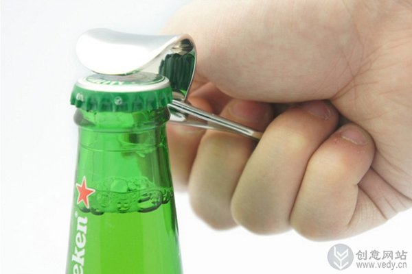 简约易拉罐环形的创意开瓶器