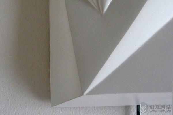 另类现代风格的石膏创意挂钟